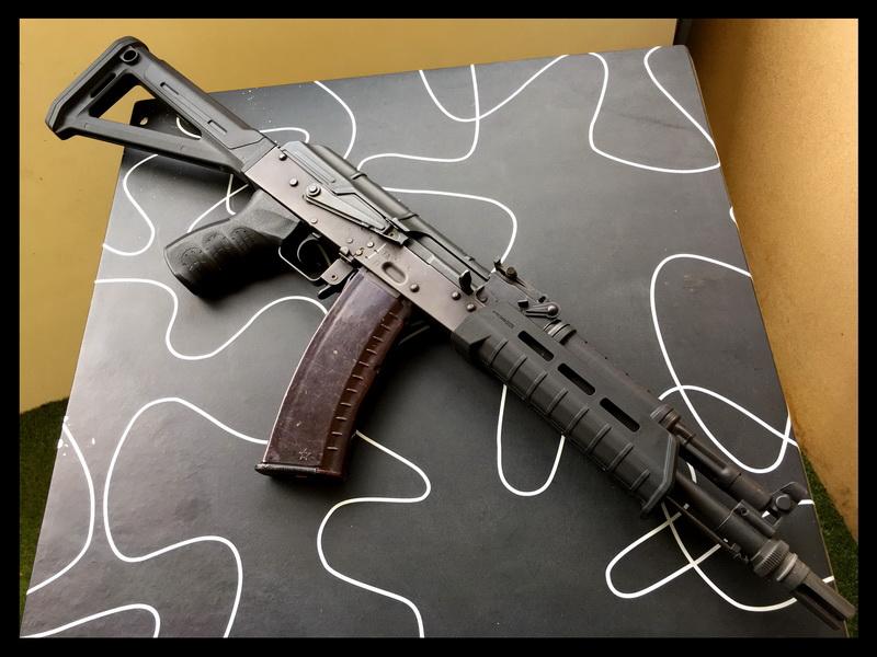 AK-Magpul-1.JPG
